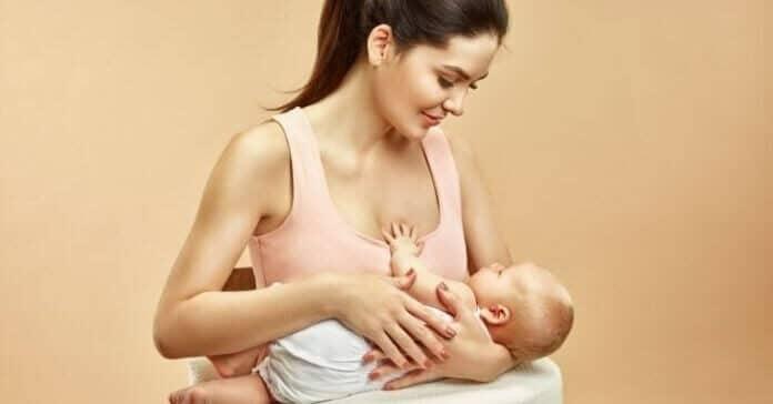 como usar almofada de amamentação e posições para amamentar